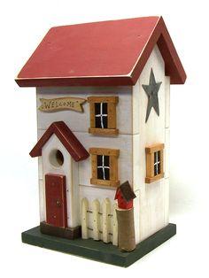 Salt Box Birdhouse