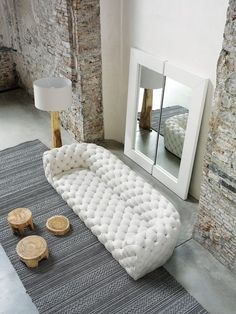 Contemporary Living Room Design Ideas With White Sofa