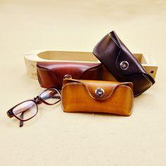 Handmade Vintage Genuine Leather Sunglasses Hard Cases Eyeglass Case Sunglasses Box by Rochid on Etsy Sunglasses Box, Sunglasses Women, Gold Fashion, Retro Fashion, Leather Glasses Case, Lenses Eye, Eye Glasses, Real Leather, Fashion Brand