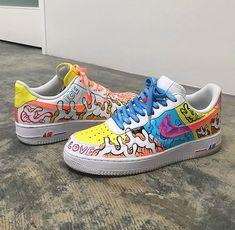 Save = fl ❤ Bi - Save = fl ❤ Bi Source by - Nike Air Shoes, Vans Shoes, Shoes Sneakers, Air Force Sneakers, Custom Painted Shoes, Custom Shoes, Customised Shoes, Souliers Nike, Tenis Casual