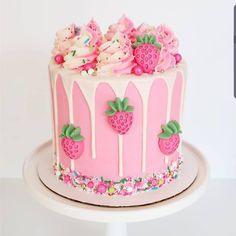 Birthday Cakes For Teens, Cute Birthday Cakes, Beautiful Birthday Cakes, Gorgeous Cakes, Pretty Cakes, Cute Cakes, 10th Birthday, Baby Birthday, Birthday Ideas