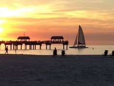 Exploring Orlando: FLORIDA TOWNS & BEACHES - Clearwater Beach