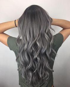 Hair Styles For School Cute Hairstyles Ideas , Trendy Hairstyles , Latest hair color , Hair color 2018 . Hair Color 2018, Latest Hair Color, Ombre Hair Color, Hair Color Balayage, Auburn Balayage, Grey Hair Colors, Hair 2018, Dark Grey Hair Color, Silver Ombre Hair