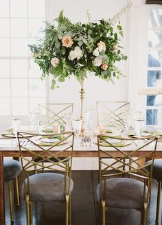 Romantic Colorado Wedding with Epic Greenery ⋆ Ruffled Tall Wedding Centerpieces, Elegant Centerpieces, Wedding Decorations, Wedding Trends, 2017 Wedding, Wedding Ideas, Wedding Planning, Color Of The Year, Wedding Table