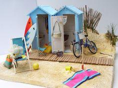 Cabanes de plage au pied des dunes en Vendée - Maquette réalisée au 1/12 par Minimanie