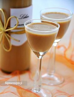 Gęsty likier karmelowy Non Alcoholic Drinks, Beverages, Christmas Food Gifts, Irish Cream, Summer Drinks, Good Food, Food And Drink, Healthy Recipes, Homemade