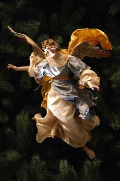 Neapolitan Baroque Crèche/Presepe Angel