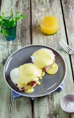 Eggs Benedict with Gammon via Simply Delicious