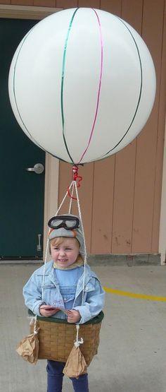 Divertido disfraz casero de aviador con globo aerostático
