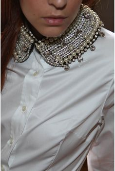 Splendid collar by Stella Forest.