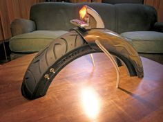 Bobbed fender lamp