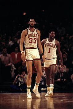 Kareem Abdul Jabbar & Oscar Robertson, Milwaukee Bucks two of the best ever! I was not old enough to see the Big O play but he averaged a triple double for an entire season! Basketball Jones, Sport Basketball, Basketball Pictures, Basketball Legends, College Basketball, Basketball Players, Celtics Basketball, Basketball Stuff, Basketball Shirts