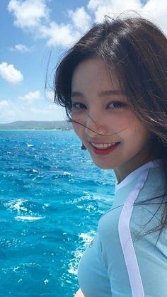 연우 Japanese Beauty, Korean Beauty, Asian Beauty, Kpop Girl Groups, Kpop Girls, Asian Woman, Asian Girl, Pretty Asian, Ulzzang Girl
