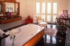 Royal Oriental Suite Bathroom at Mandarin Oriental, Bangkok | by Mandarin Oriental Hotel Group