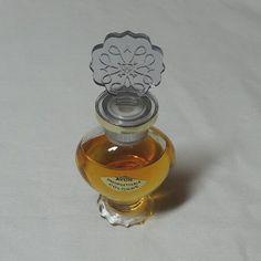 1964-66 Avon vintage Cologne inoubliable dans le coeur en forme de bouteille,.5…