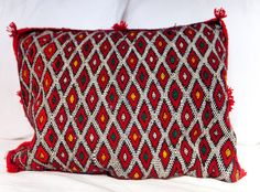 KILIM PILLOW | MOROCCAN Kilim Pillow | Vintage Kilim Cushion | 20.5x16 in by MoroccanMaison on Etsy