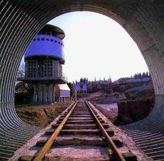 Viterbo News 24 - Foto Il cimitero di Fuksas Railroad Tracks, Train Tracks