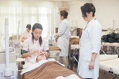 【ヴィーナスアカデミー】<卒業修了制作展『Vantan Student Final 2013』> Beauty Specialist 「フェイシャル エステ」
