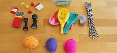 Δείτε δύο απίθανα παιχνίδια με μπαλόνια, ιδανικά για τον ελεύθερο χρόνο των παιδιών στο σπίτι.