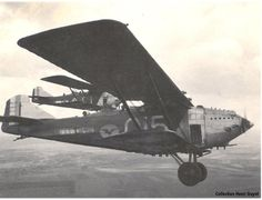 In the air group aircraft of interaction with the army Amiot 122ВР.3 from of GB II/11, Mets, 1933