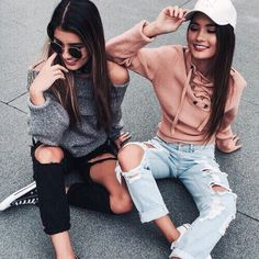 Women 2017 Spring Lace up sweater Casual loose belt ribbed top knitwear Sexy jumper Elastic hem pullover outwear free size Bff Pictures, Best Friend Pictures, Friend Photos, Tumblr Bff, Tumblr Girls, Shooting Photo Amis, Look Girl, Best Friend Goals, Best Friends Forever
