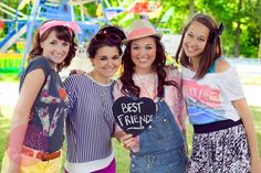 I so want a fair photoshoot with my besties