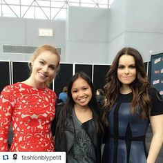 #Repost @fashionblypetit with @repostapp  Kicked off @nycomiccon with @amandaschull @emhampshire @syfy 12 Monkeys. Lovely meeting you both!  #syfy #12Monkeys #12MonkeysNYCC #nycc #nycc2015 #nycomiccon #timetravel #scifi #sciencefiction #fashion