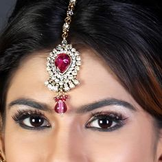 Tikka with pearls, gems and an exquisite stone Price: Usa Dollar $29, British UK Pound £17, Euro21, Canada CA$31 , Indian Rs1566.
