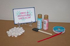 Paint a snowflake - party game idea for Frozen birthday party by Jillybear Designs