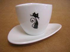 Xicara de café com gato R$15,00