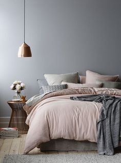 Wonderful Tips: House Interior Painting White living room paintings with wood trim.Bedroom Paintings Geometric interior painting tips thoughts.Interior Painting Tips People. Dream Bedroom, Home Bedroom, Master Bedrooms, Grey Bedroom Walls, Modern Bedroom, Blush Pink And Grey Bedroom, Dusty Pink Bedding, Minimalist Bedroom, Stylish Bedroom