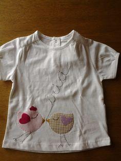 camiseta pollets Íria, amb aplicacions i brodat