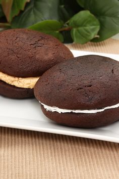Weight Watchers Chocolate Whoopie Pies with Marshmallow Cream Recipe - 5 WW Smart Points