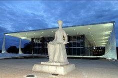 Atualizado às 20h O Supremo Tribunal Federal acabou de votar contra os interesses golpistas do presidente da Câmara dos Deputados, Eduardo Cunha (PMDB), e da oposição composta pelo PSDB, DEM, Solid...