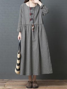 Casual Loose Plus Size Fashion Comfortable Long Sleeve Plaid Dress – chicwestyle maxi dress plus size formal floral casual plus size maxi dresses maxi dress plus size fall maxi dress plus size boho floral dress plus size Casual Dresses Plus Size, Dress Plus Size, Dress Casual, Casual Outfits, Gingham Dress, Plaid Dress, Girl Japanese, Casual Mode, Smart Casual