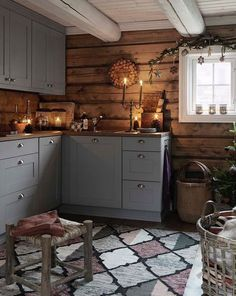 New Kitchen Cabinets Gray Wood Ideas Rustic Kitchen, New Kitchen, Kitchen Decor, Cozy Kitchen, Awesome Kitchen, Decor Scandinavian, Diy Kitchen Cabinets, Gray Cabinets, Kitchen Floors