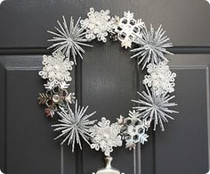 I like this wreath for after Christmas