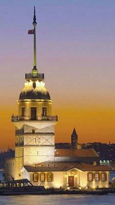 Maiden's Tower, Istanbul, Turkey - Attended a beautiful wedding here Places Around The World, Travel Around The World, Around The Worlds, Ankara, Empire Ottoman, Turkey Travel, Pamukkale, Kusadasi, Eastern Europe