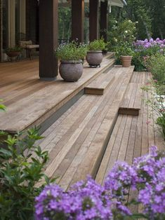 Ipe Deck Design, Pictures, Remodel, Decor and Ideas - page 2 Front deck details. Backyard Patio, Backyard Landscaping, Backyard Seating, Deck Stairs, Outdoor Stairs, House Stairs, Porch No Railing, Wooden Steps Outdoor, Porch Wood