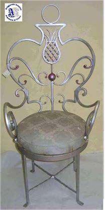 Poltroncina in ferro battuto con schienale di artisticwroughtiron, €350.00