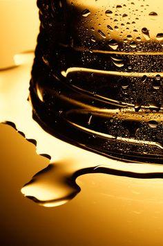 Carling Cider Condensation Closeups #Carling #Condensation #Liquid #Alcohol #Beverage #Bubbles