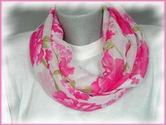Loop, Rundschal, Chiffon, rosa-pink  von Alpen-Juwel auf  http://de.dawanda.com/product/59563831-Loop-Rundschal-Chiffon-rosa-pink