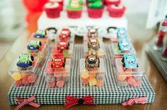 お菓子よりカーズのおまけが欲しい☆ スナック菓子の写真日記-Snack Days-