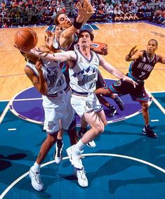 Jazz Basketball, Olympic Basketball, Basketball Leagues, Basketball Pictures, Basketball Players, Olympic Games, Basketball Skills, Sports Images, Sports Pictures