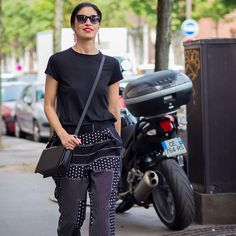"* STYLE DU MONDE * ❤ on Instagram: ""#New on #STYLEDUMONDE http://www.styledumonde.com with @caroissa #CarolineIssa at #paris #fashionweek #pfw #outfit #ootd #streetstyle #streetfashion #streetchic #streetsnaps #fashion #mode #style"""