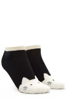 Fuzzy Cat Ankle Socks | Forever 21 - 2000142246 / $2.90 / one size / color: black/cream /forever21.com