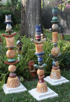 Love these totems and the textures.