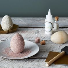 Sometimes life calls for a little glitter. Easter 2021, Metallic Paper, Bakers Twine, Egg Decorating, How To Make Paper, Food 52, Diy Paper, Easter Crafts, Diy For Kids