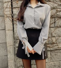Style skirt outfits like you would be comfortable wearing it skirt lenght wise. Style skirt outfits like you would be comfortable wearing it skirt lenght wise. Korean Fashion Casual, Korean Fashion Trends, Korean Street Fashion, Ulzzang Fashion, Korea Fashion, Korean Outfits, Asian Fashion, Korean Casual, Korean Street Styles