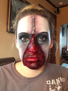 My zipper face I did :) Boys Scary Halloween Costumes, Cool Halloween Makeup, Hallowen Costume, Up Halloween, Zipper Face Makeup, Eye Make Up, Cosplay, My Style, How To Make